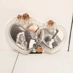 Intertwined Heart Shape Rose Frosted Picture Frame